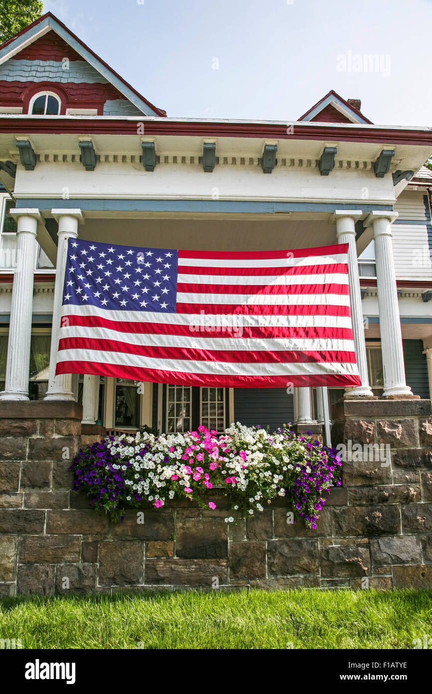 American Flag House Nobody Vertical Stock Photos & American Flag ...