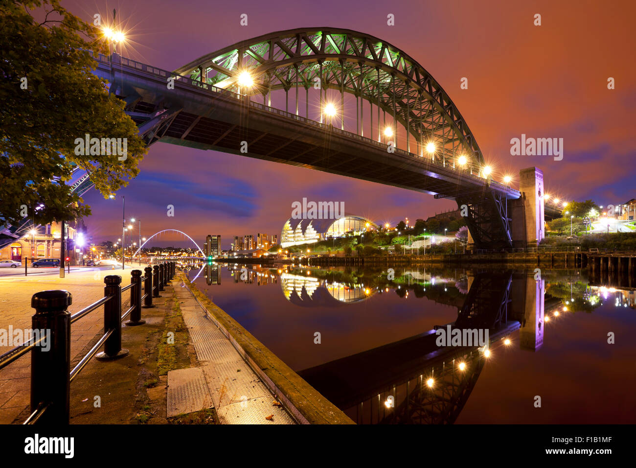 The Tyne Bridge over the river Tyne in Newcastle, England at night. Stock Photo