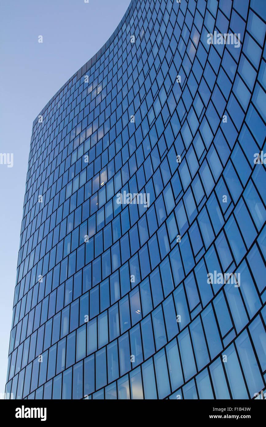 Facade of the office building Hoch Zwei, HOCH ZWEI, OMV, Austrian mineral oil administration, Vienna, Austria - Stock Image
