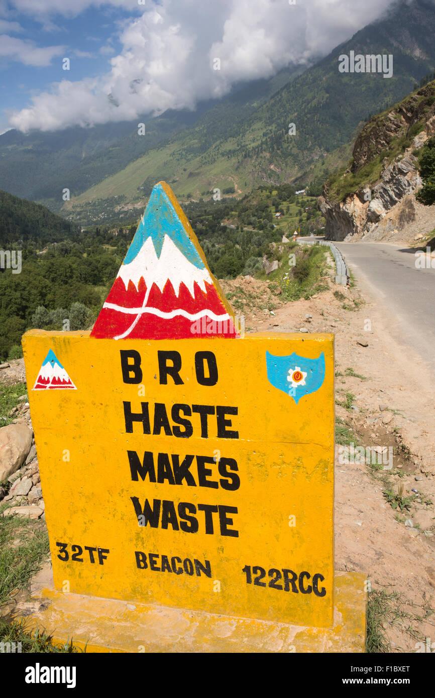 India, Jammu & Kashmir, Border Roads Organisation, Haste Makes Waste sign beside Srinagar to Leh Highway - Stock Image