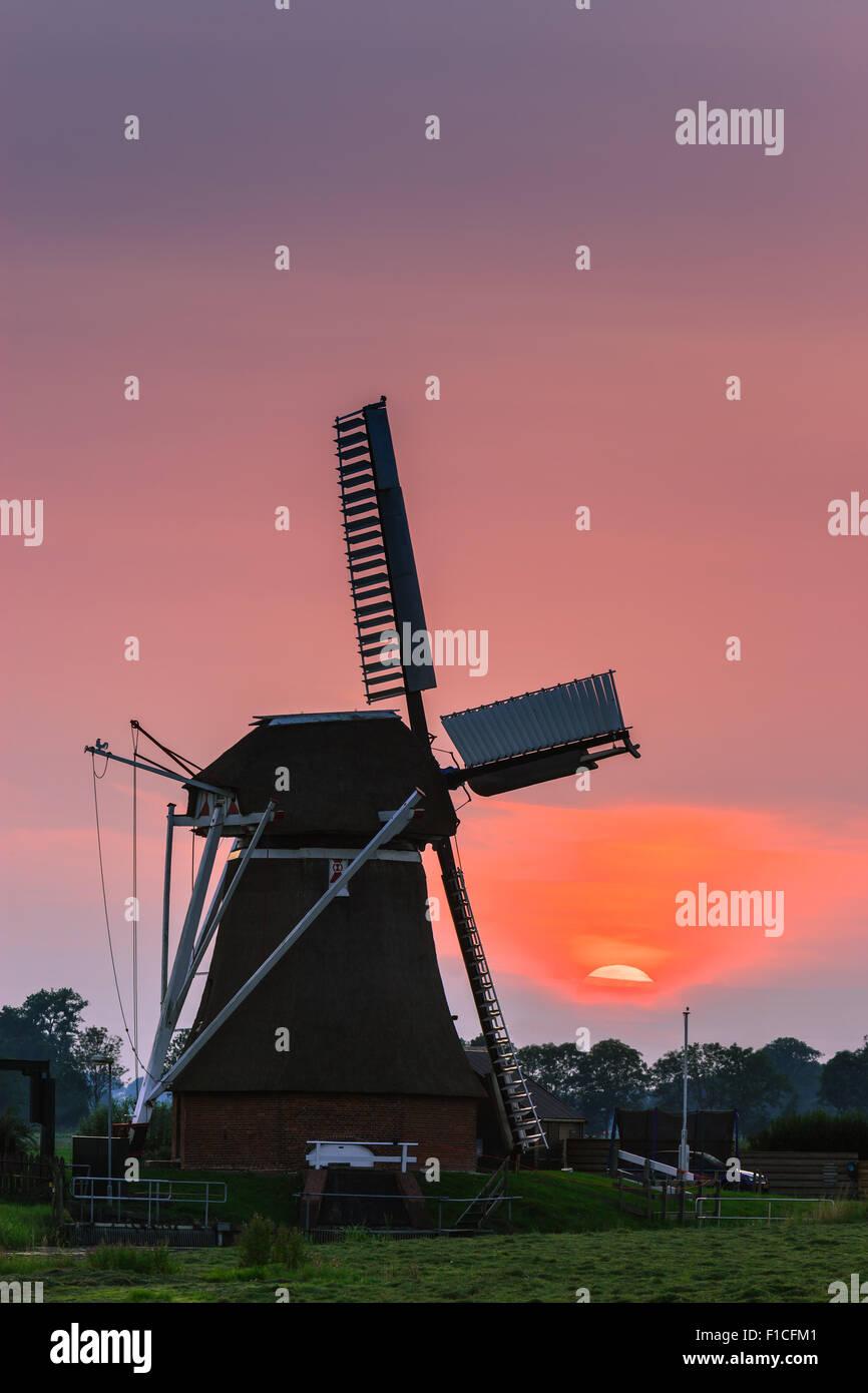 Windmill De Jonge Held (The Young Hero) at Leegkerk, just outside of Groningen, the Netherlands. - Stock Image