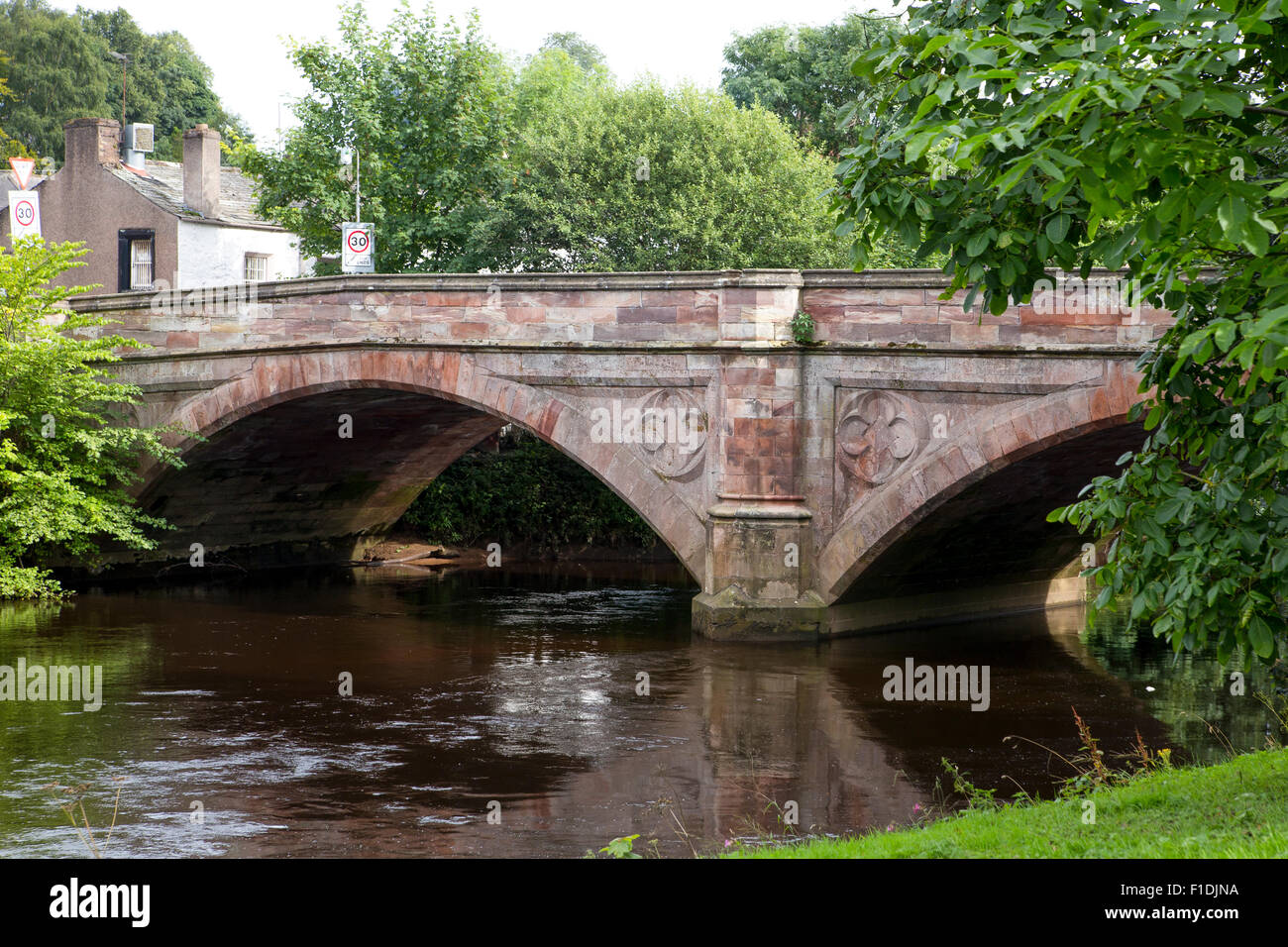 Ancient stone bridge over the river Eden in the centre of Appleby.  This is also the site of the annual horsefair - Stock Image