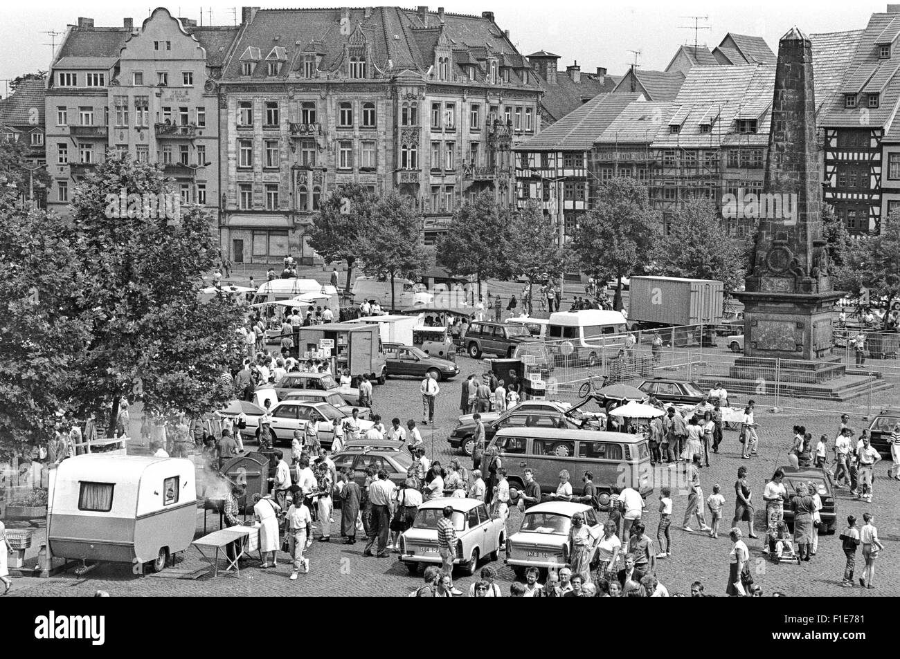 Introduction of the D-Mark in East Germany after reunification, on 01.07.1990, Used car Market - Stock Image