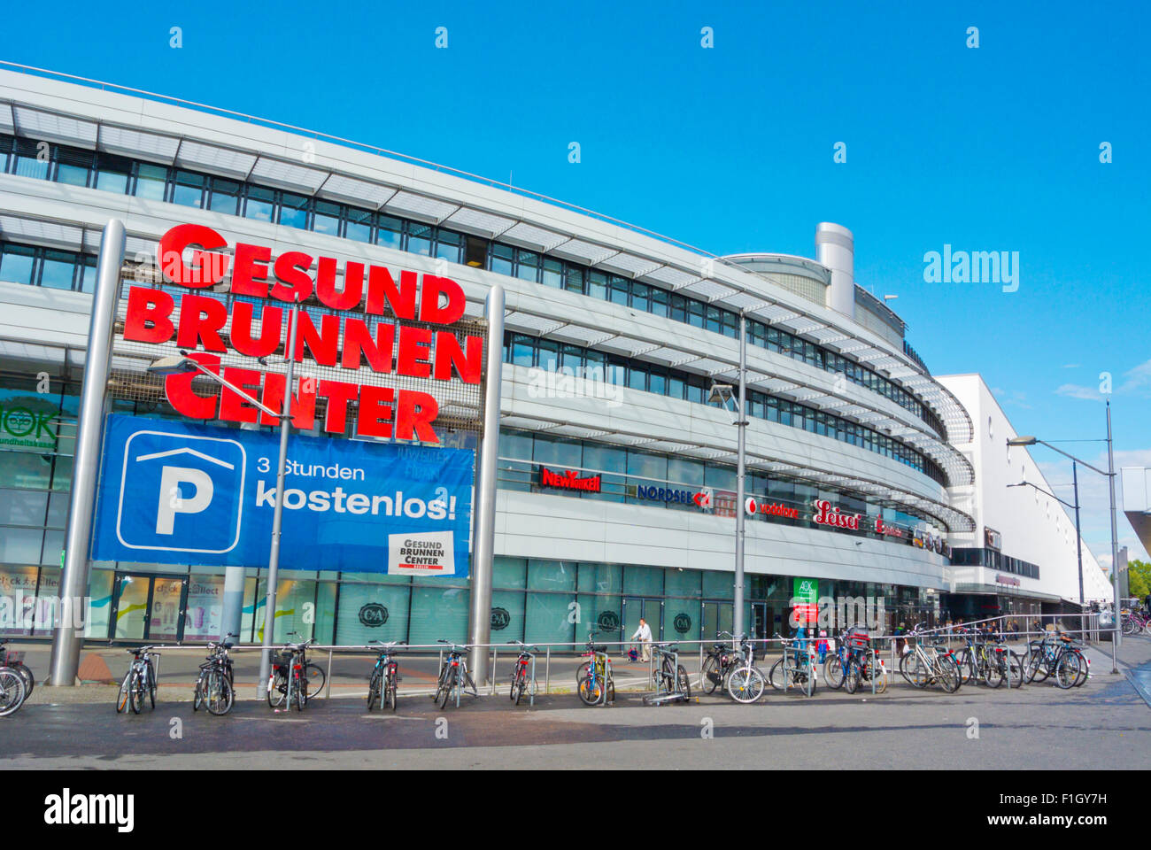 berlin shopping center stock photos berlin shopping center stock images alamy. Black Bedroom Furniture Sets. Home Design Ideas