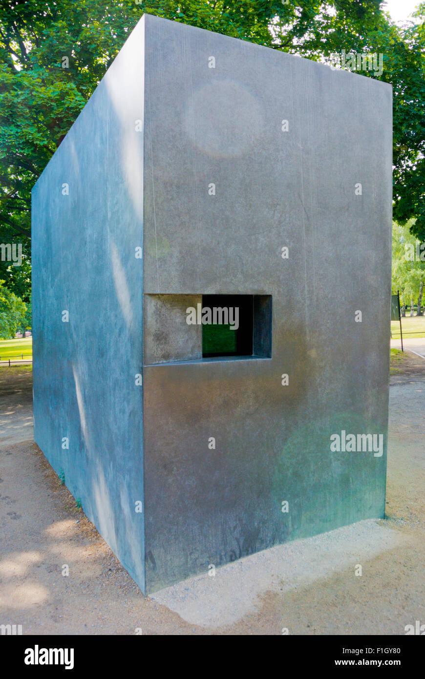 Homo monument, Denkmal für die im Nationalsozialismus verfolgten Homosexuellen, Tiergarten, Berlin, Germany Stock Photo