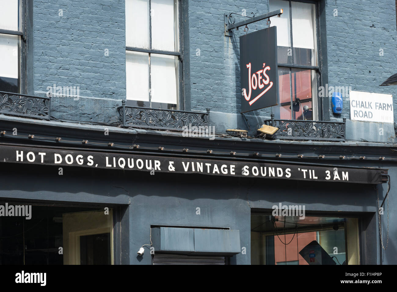 London , Chalk Farm , Camden Town , Joe's 50's pub bar rock
