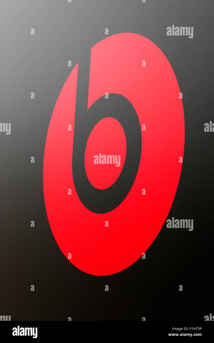 Markennamen: 'Beats by Dr Dre', Berlin. - Stock Image