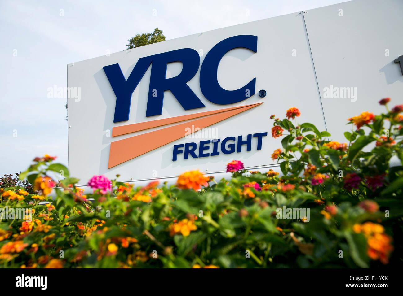 Yrc Freight Stock Photos & Yrc Freight Stock Images - Alamy