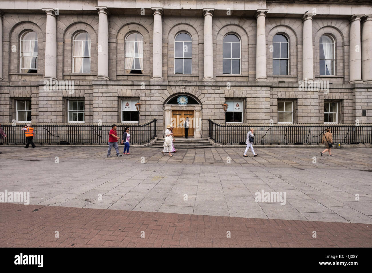 The College of Surgeons building on St Stephens Green, Dublin. Headquarters of the Irish Citizen Army during the - Stock Image