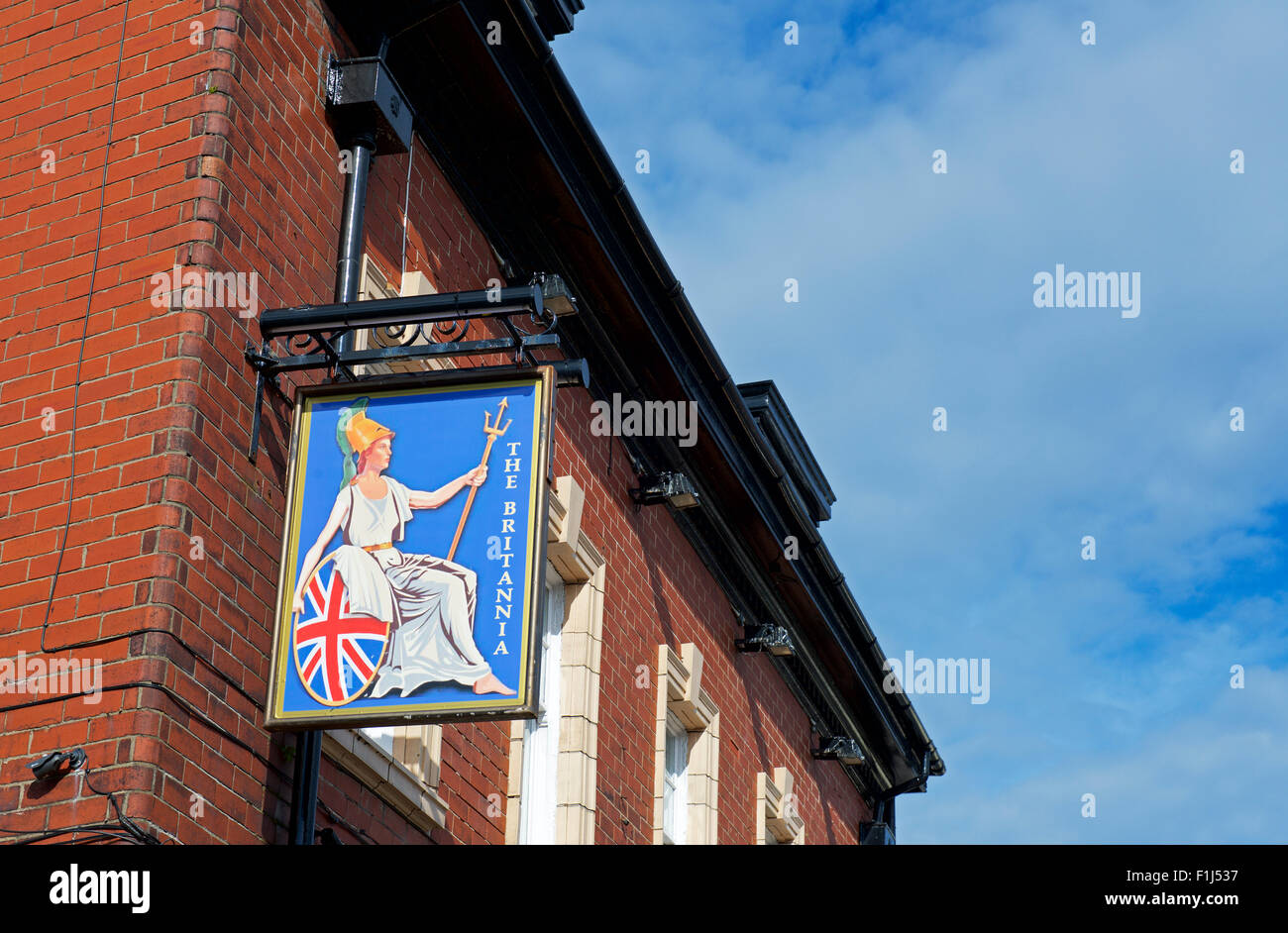 Pub Sign Uk Gb Stock Photos Amp Pub Sign Uk Gb Stock Images