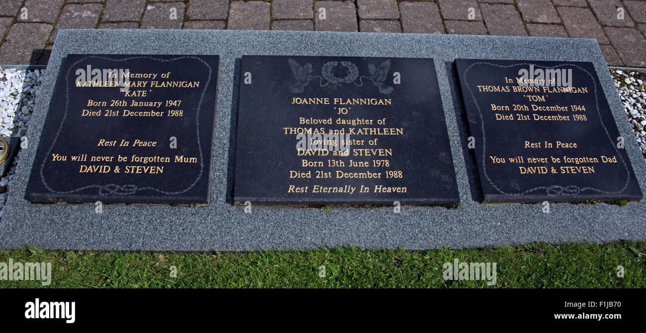 Lockerbie PanAm103 In Rememberance Memorial Kate Mary Flannigan Jo Joanne Tom Thomas, Scotland - Stock Image