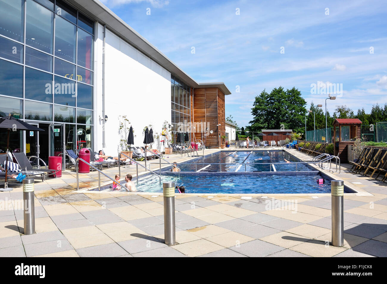 Outdoor Pool At The Riverside Health Rackets Club Chiswick Stock Photo 87071580 Alamy