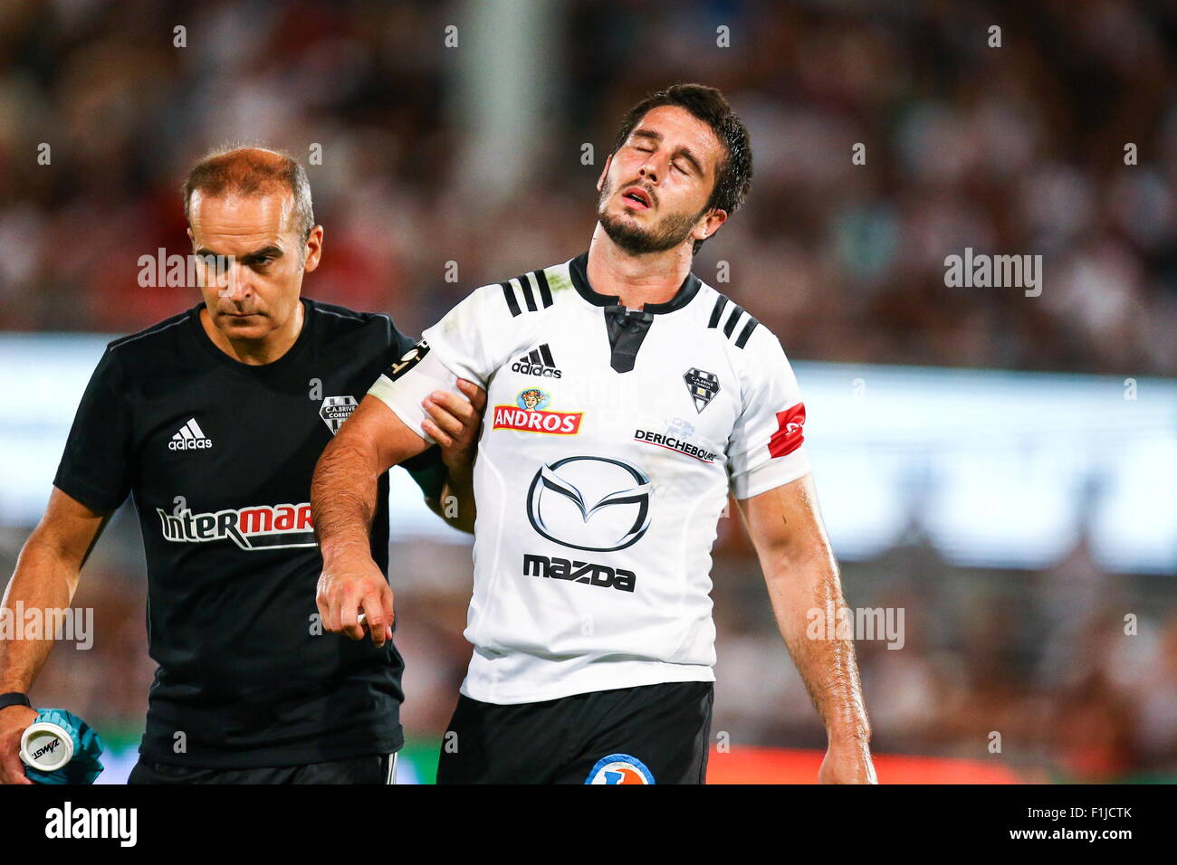 Nicolas Bezy/commotion cerebrale - 29.08.2015 - Brive/Stade Francais - 2eme journee de Top 14.Photo : Manu Blondeau/Icon - Stock Image