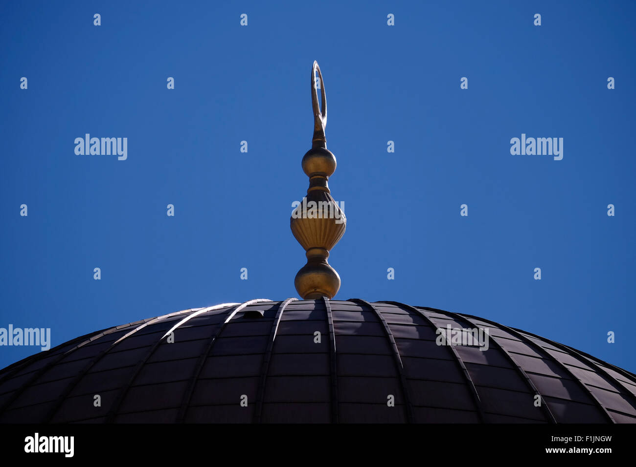 Dome of the Islamic shrine Haram al Sharif or Dome of the Rock mosque at the Temple Mount in the old city East Jerusalem - Stock Image
