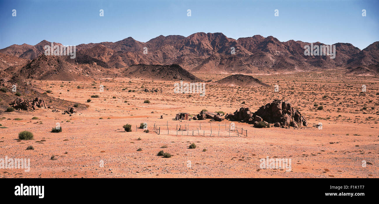 Arid landscape with mountains and small nomadic settlement. Richtersveld National Park, Northern Cape, South Africa, - Stock Image