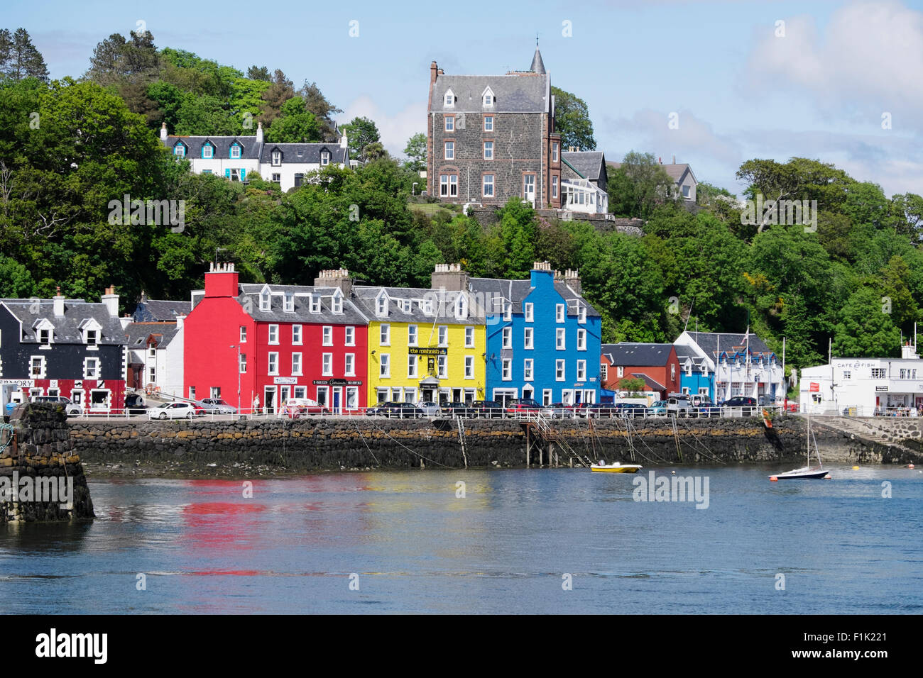 Tobermory - harbour side buildings Isle of Mull Scotland, UK LA007538 - Stock Image