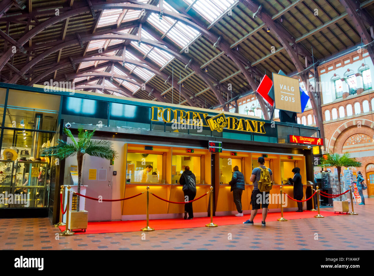 Forex, currency exchange, central railway station, Copenhagen, Denmark - Stock Image