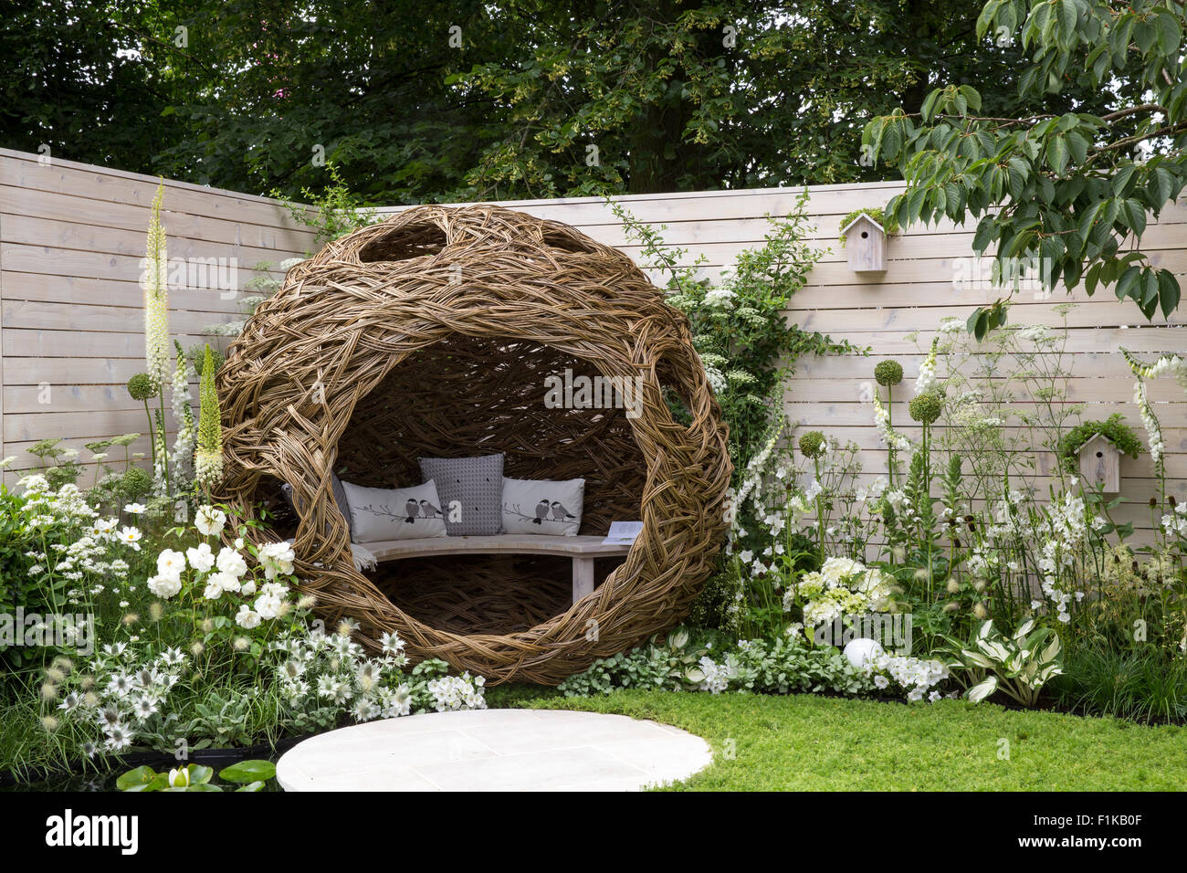 Exceptional Living Landscapes, City Twitchers Garden, Designer CouCou Design, Sarah  Keyser, RHS Hampton Court Flower Show 2015