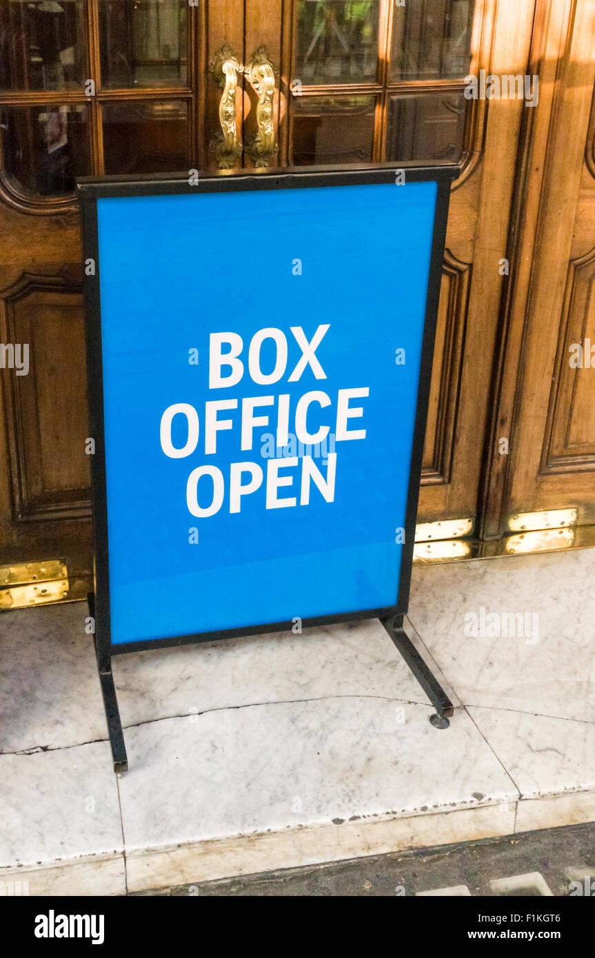Box Office Buz: Theatre Box Office Stock Photos & Theatre Box Office Stock