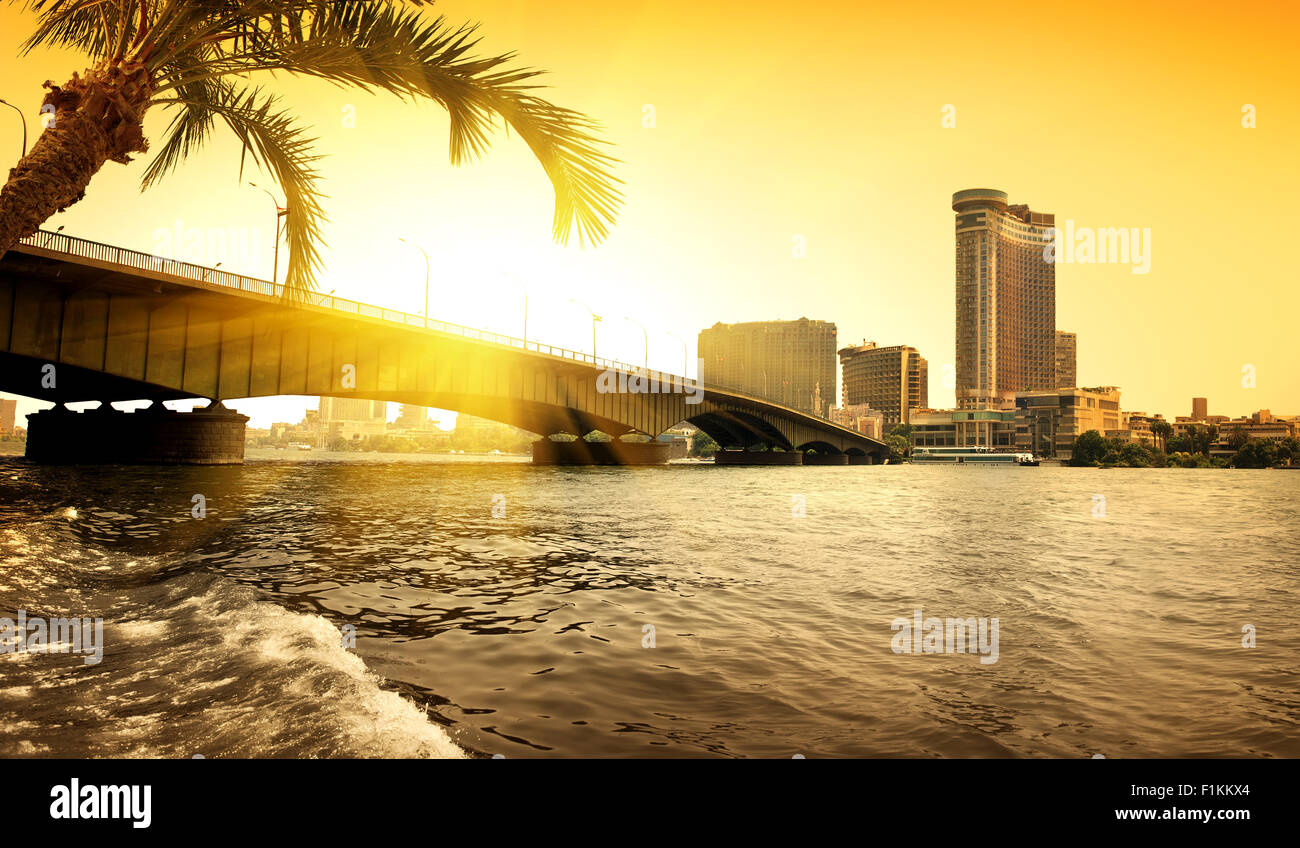Bridge through Nile in Cairo in the evening - Stock Image