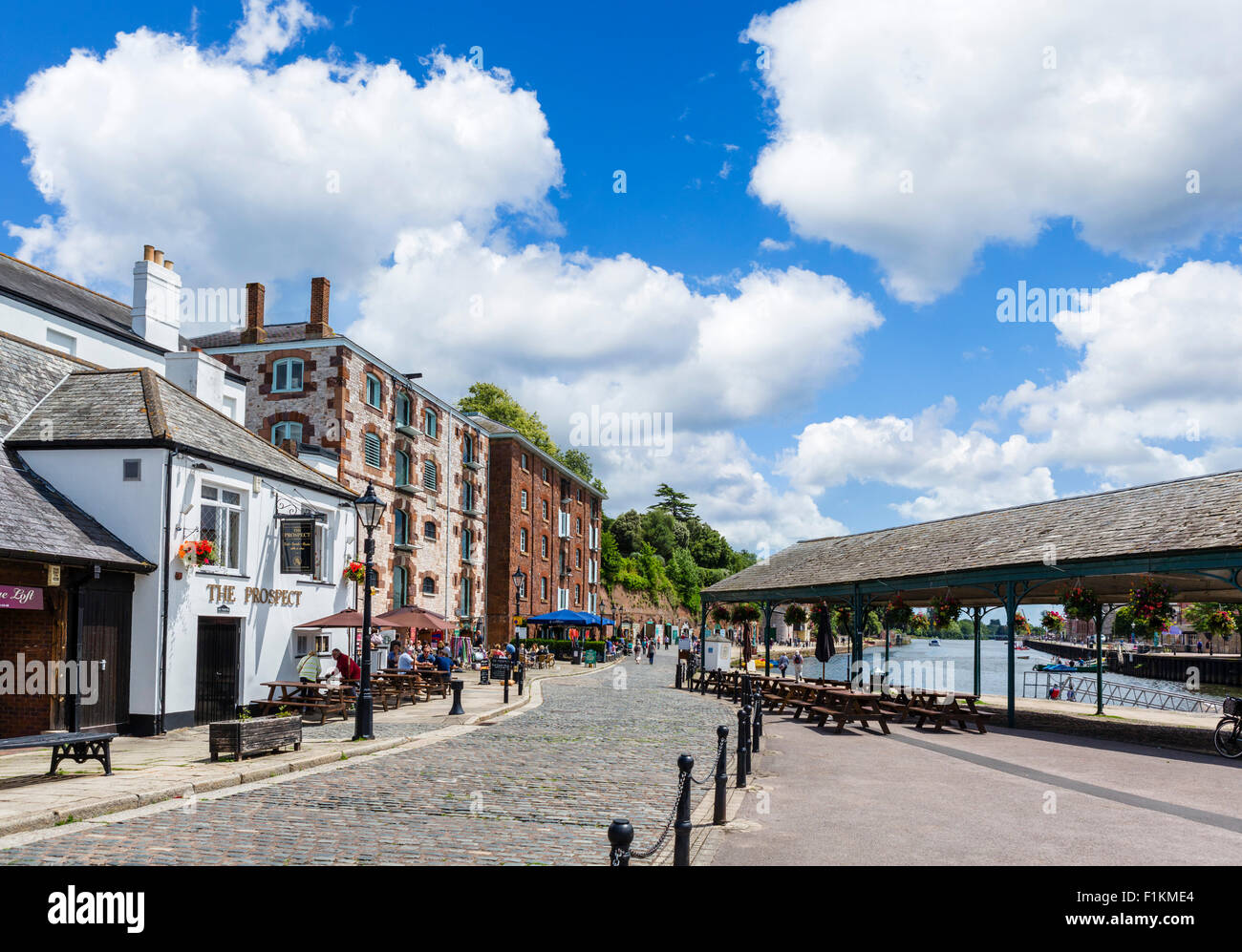 The Quay with the Prospect pub to the left, Exeter, Devon, England, UK - Stock Image