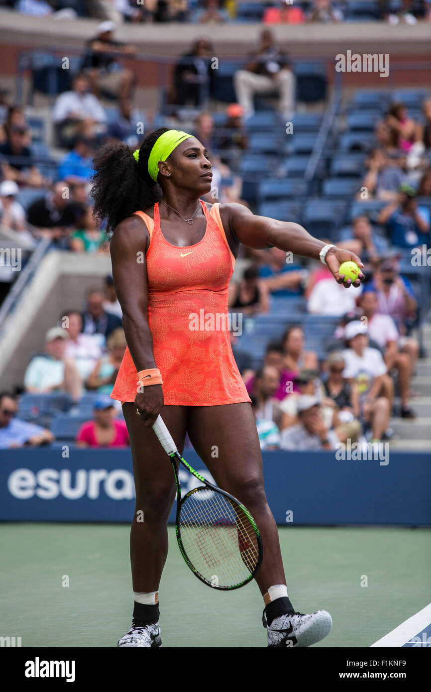 Serena Williams competing at the 2015 US Open Tennis - Stock Image