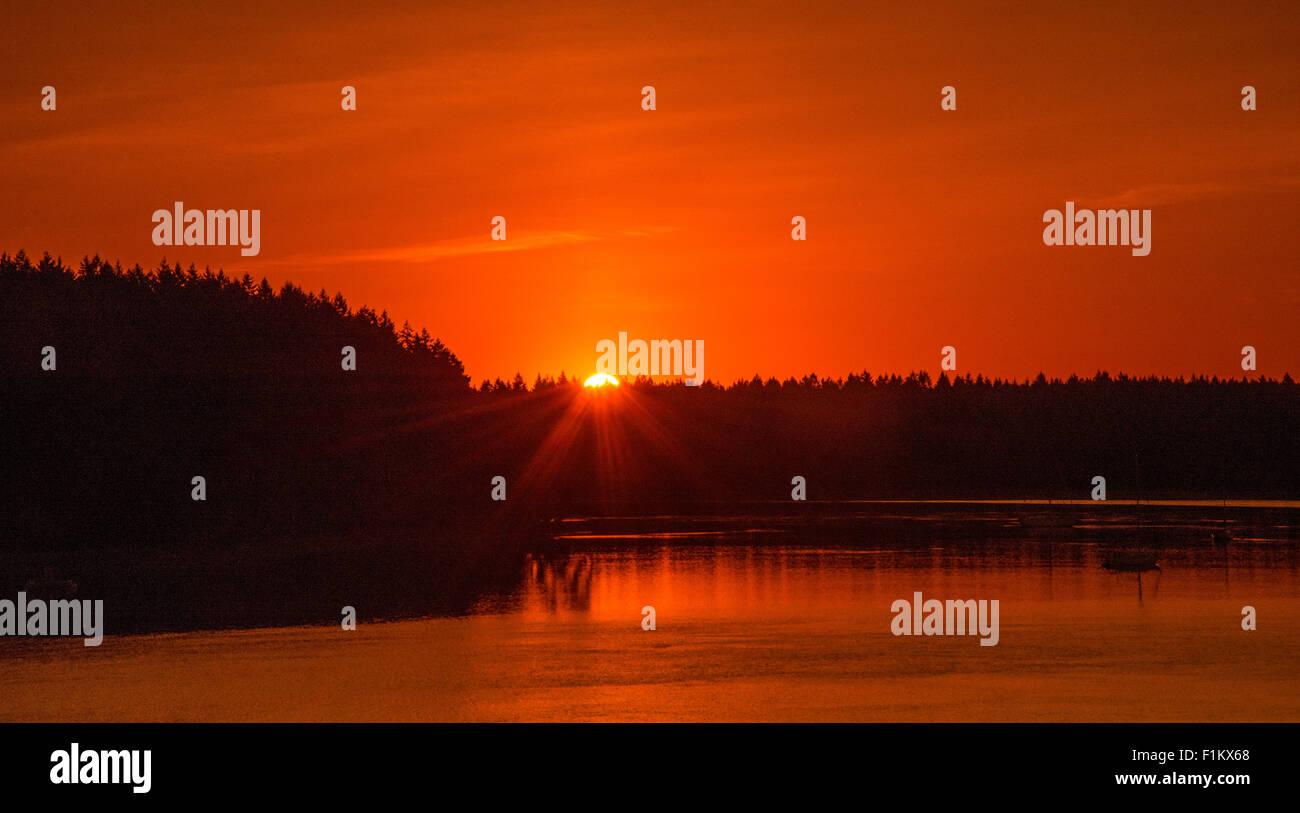 Beautiful Sunrise over Hope Island Marine State Park, Puget Sound, State of Washington, USA - Stock Image