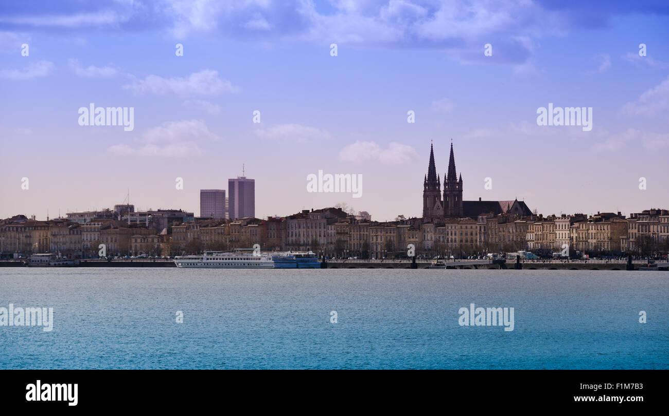 Carte Horizon Bordeaux.Bordeaux City Stock Photos Bordeaux City Stock Images Alamy