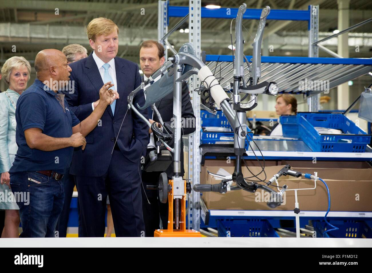 Dieren, The Netherlands. 3rd Sep, 2015. King Willem-Alexander of The Netherlands opens the new factory of bicycle - Stock Image