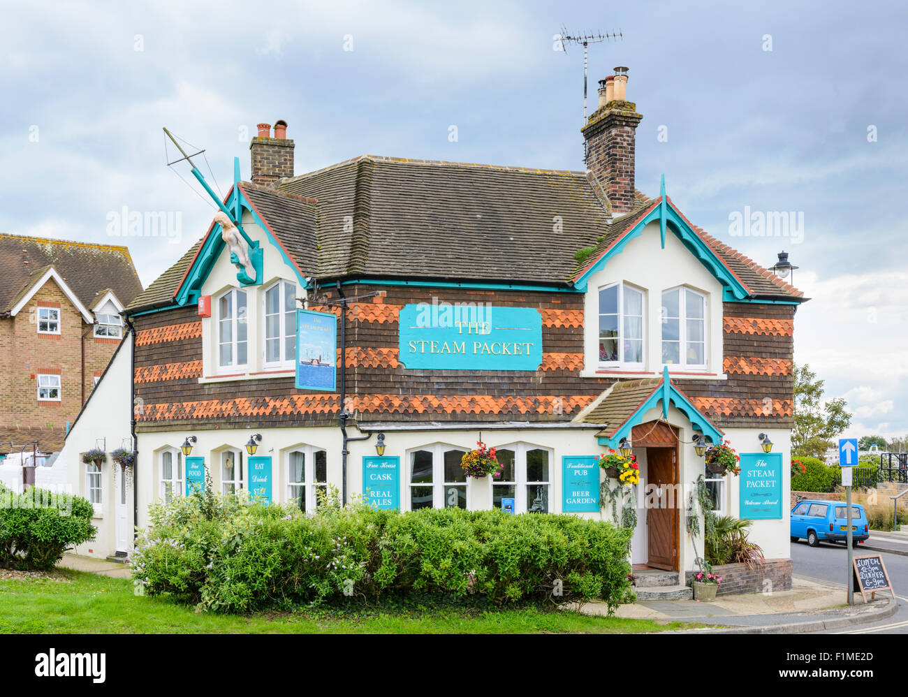 The Steam Packet Inn (refurbished) in Littlehampton, West Sussex, England, UK. - Stock Image