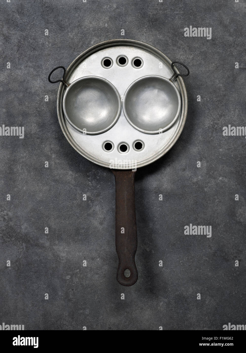 incredible Vintage Egg Poachers Part - 11: Vintage Egg Poaching Pan or Poacher