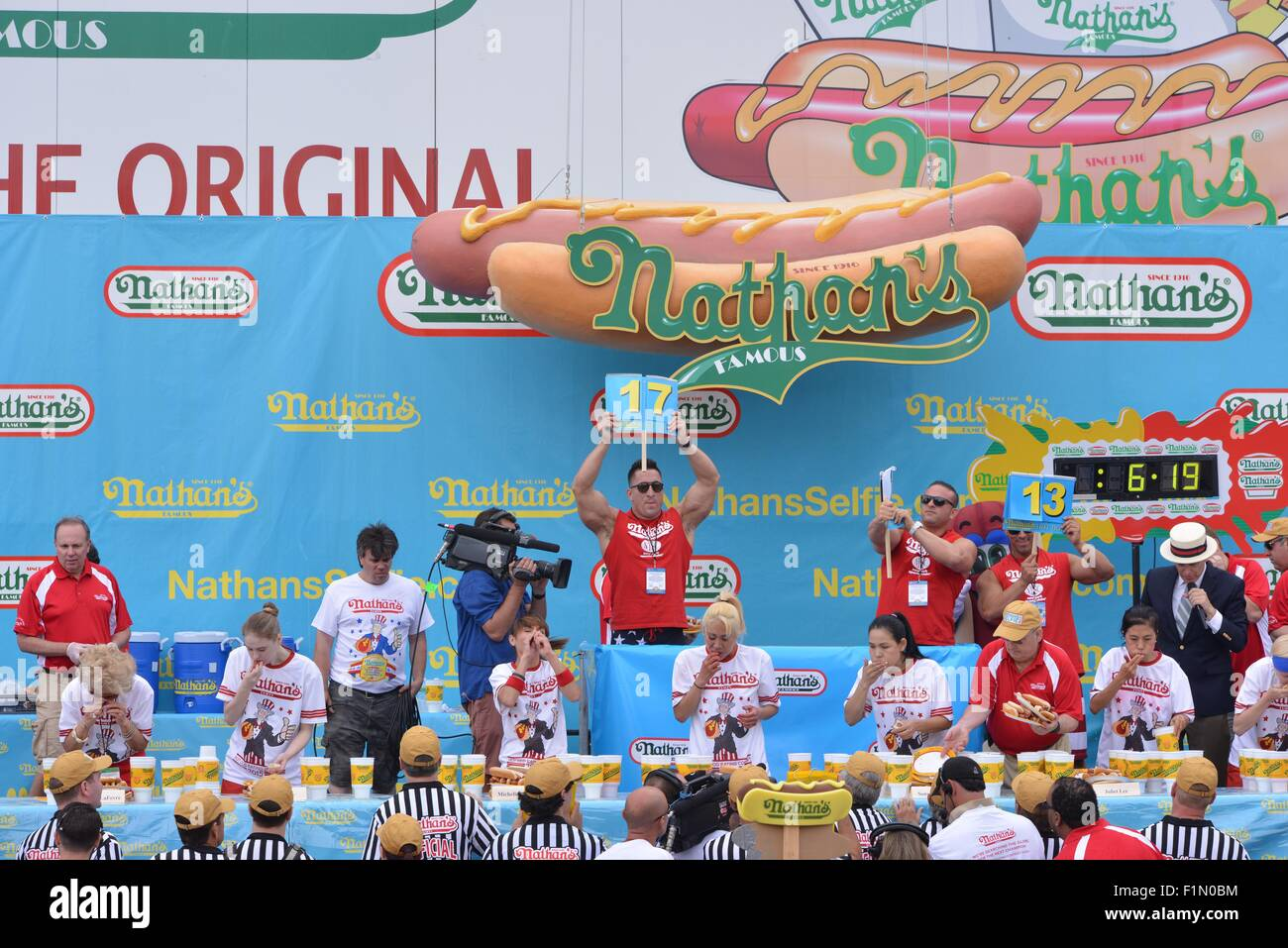 Nathan\'s Famous International Hot Dog Eating Contest at Coney Island ...