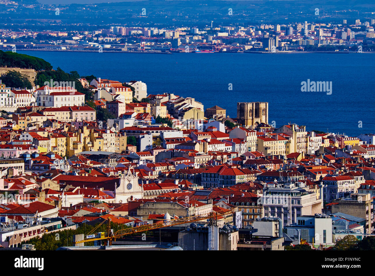 Portugal, Lisbon, Alfama and Sé Cathedral - Stock Image