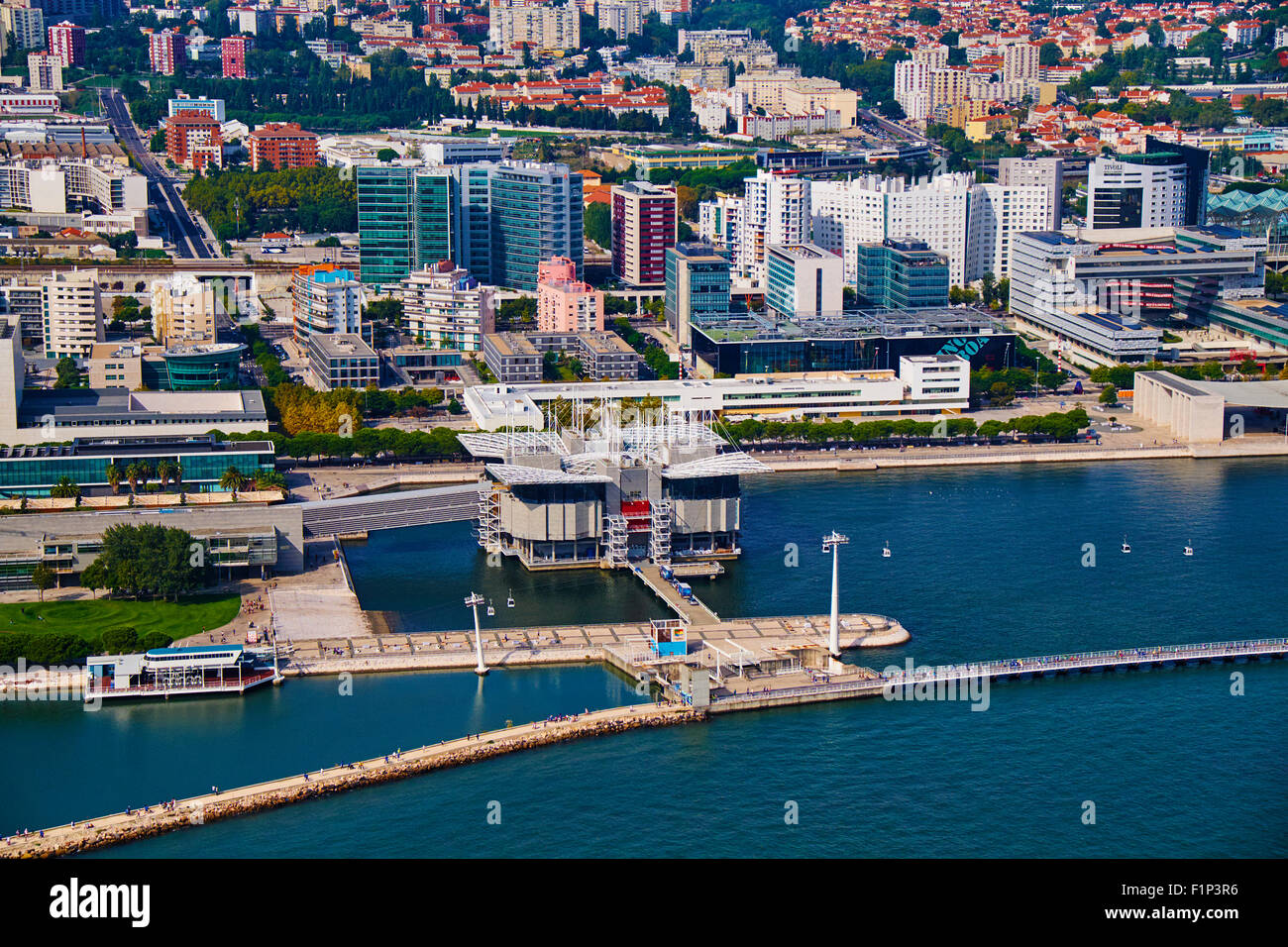 Portugal, Lisbon, the Oceanarium (Oceanario de Lisboa) at the Park of Nations (Parque das Nacoes) Stock Photo