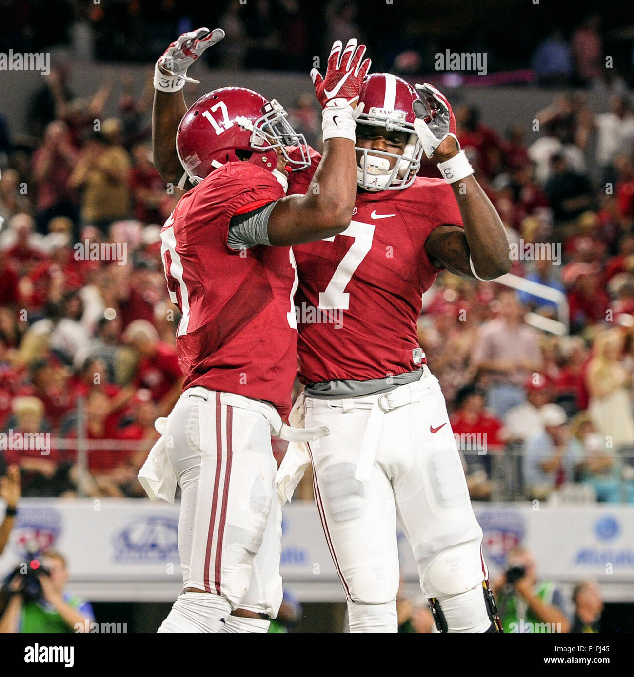 newest aa358 db731 Alabama running back Kenyan Drake (17) is congratulated by ...