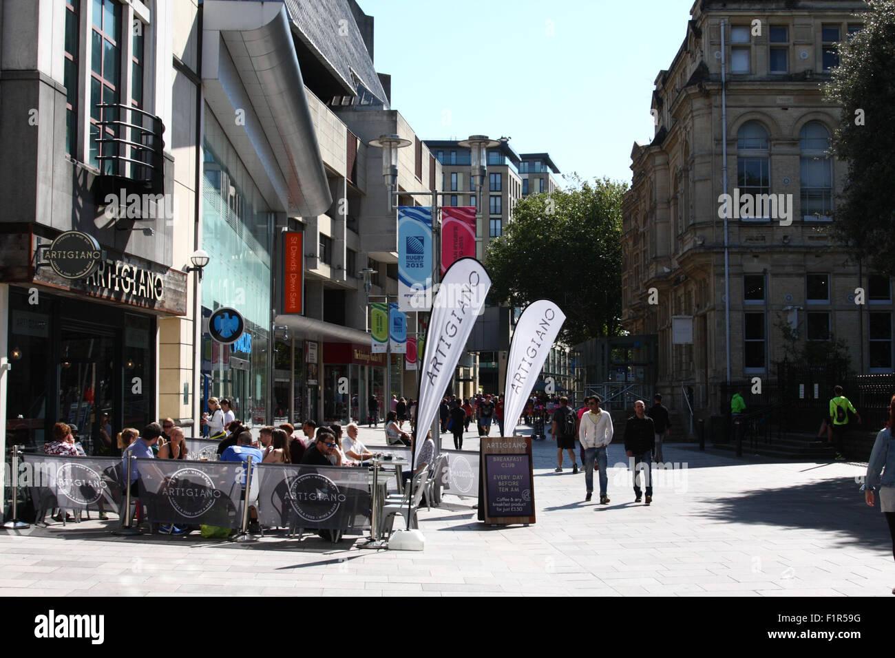 Cardiff, Wales, UK  6th September, 2015  UK Weather: Sunny