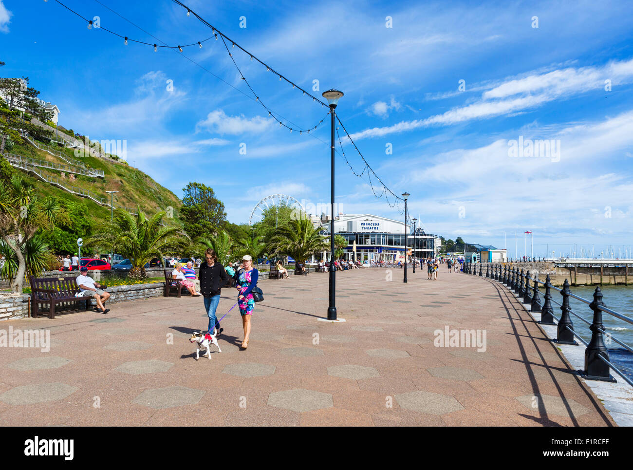 Promenade in Torquay, Torbay, Devon, England, UK - Stock Image