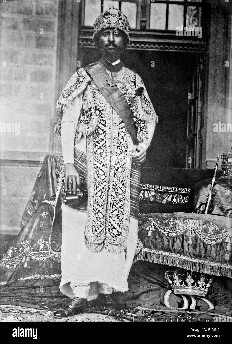 Haile Selassie I poses for a portrait between 1916 -1920 as Ethiopia's regent in Addis Ababa, Ethiopia. - Stock Image