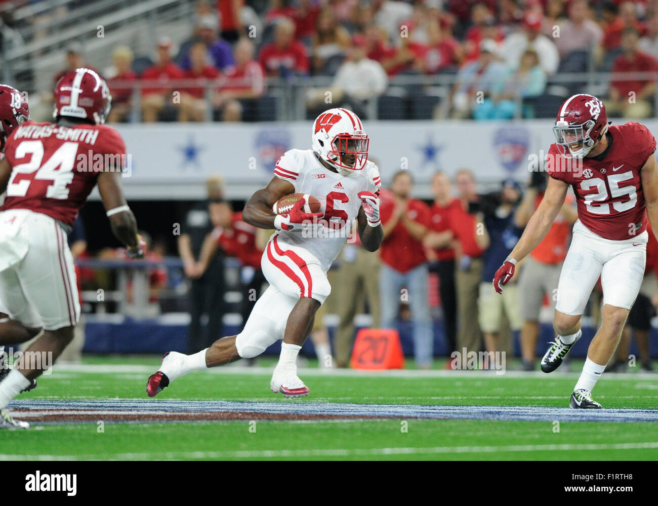 September 09, 2015: Wisconsin Badgers running back Corey Clement #6 in an NCAA Advocate Classic Football game between - Stock Image