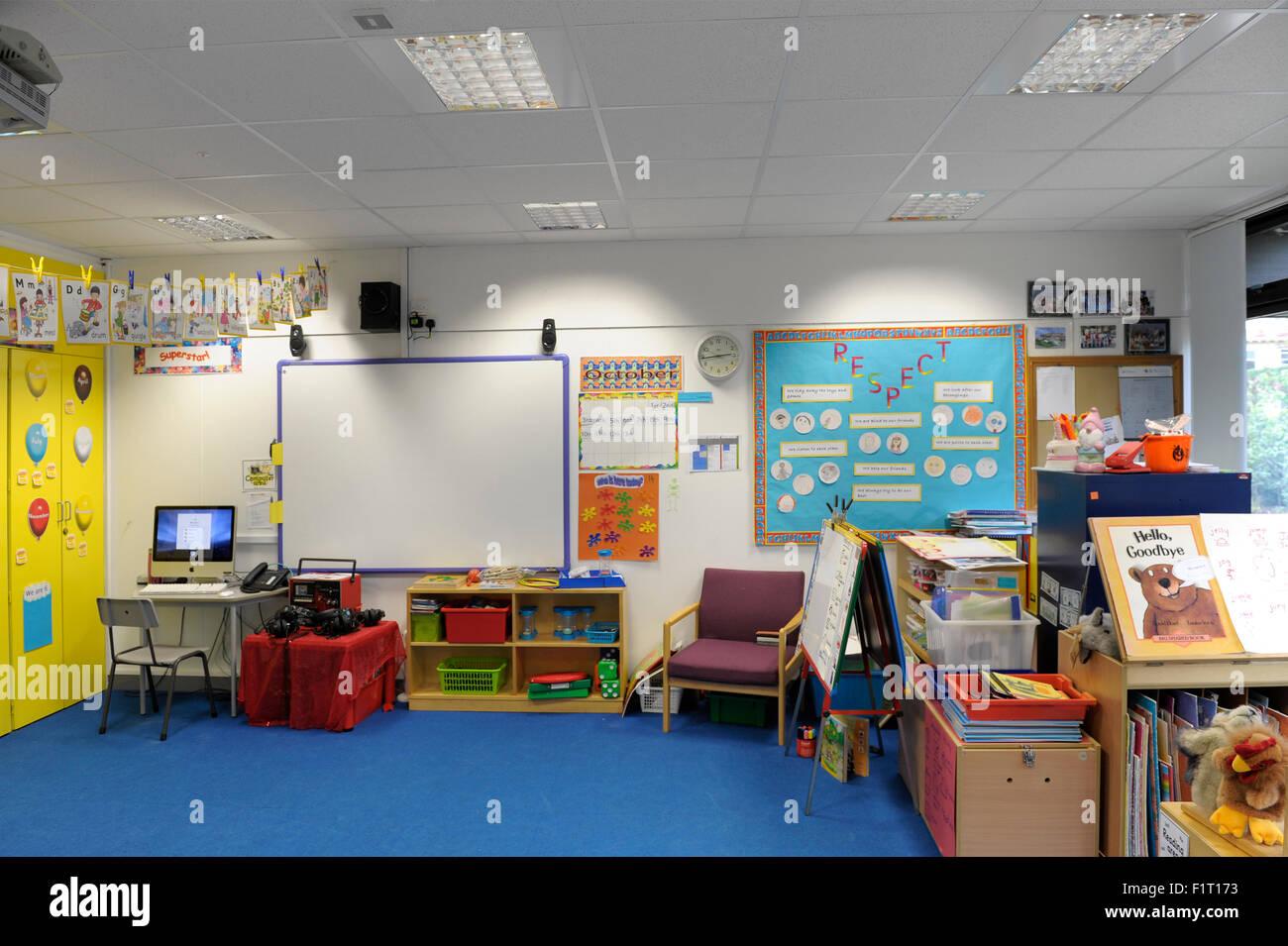 Empty kindergarten school classroom - Stock Image