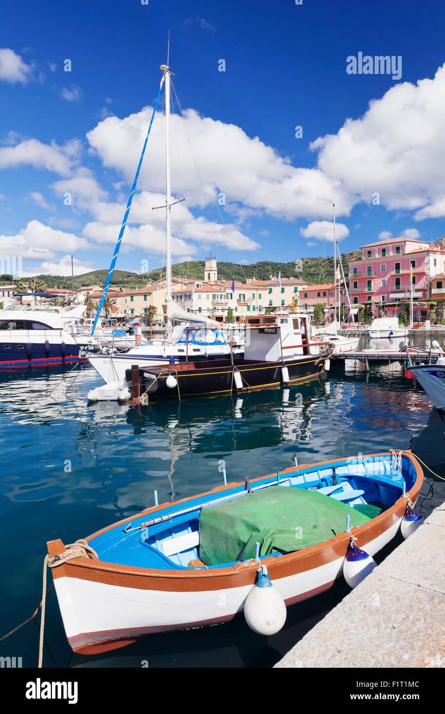 Italian Fishing Boats Stock Photos & Italian Fishing Boats ...