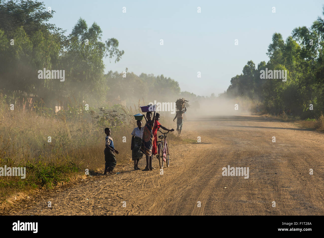 Dusty road, Mount Mulanje, Malawi, Africa - Stock Image