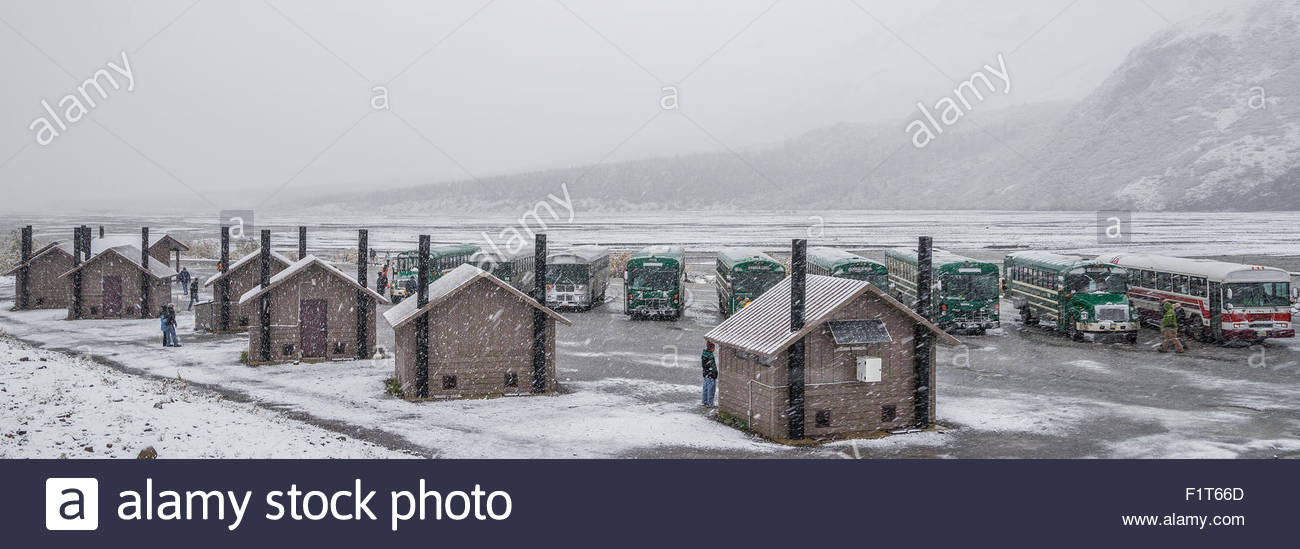 Toklat bus stop under snow storm in Denali national park - Alaska Stock Photo