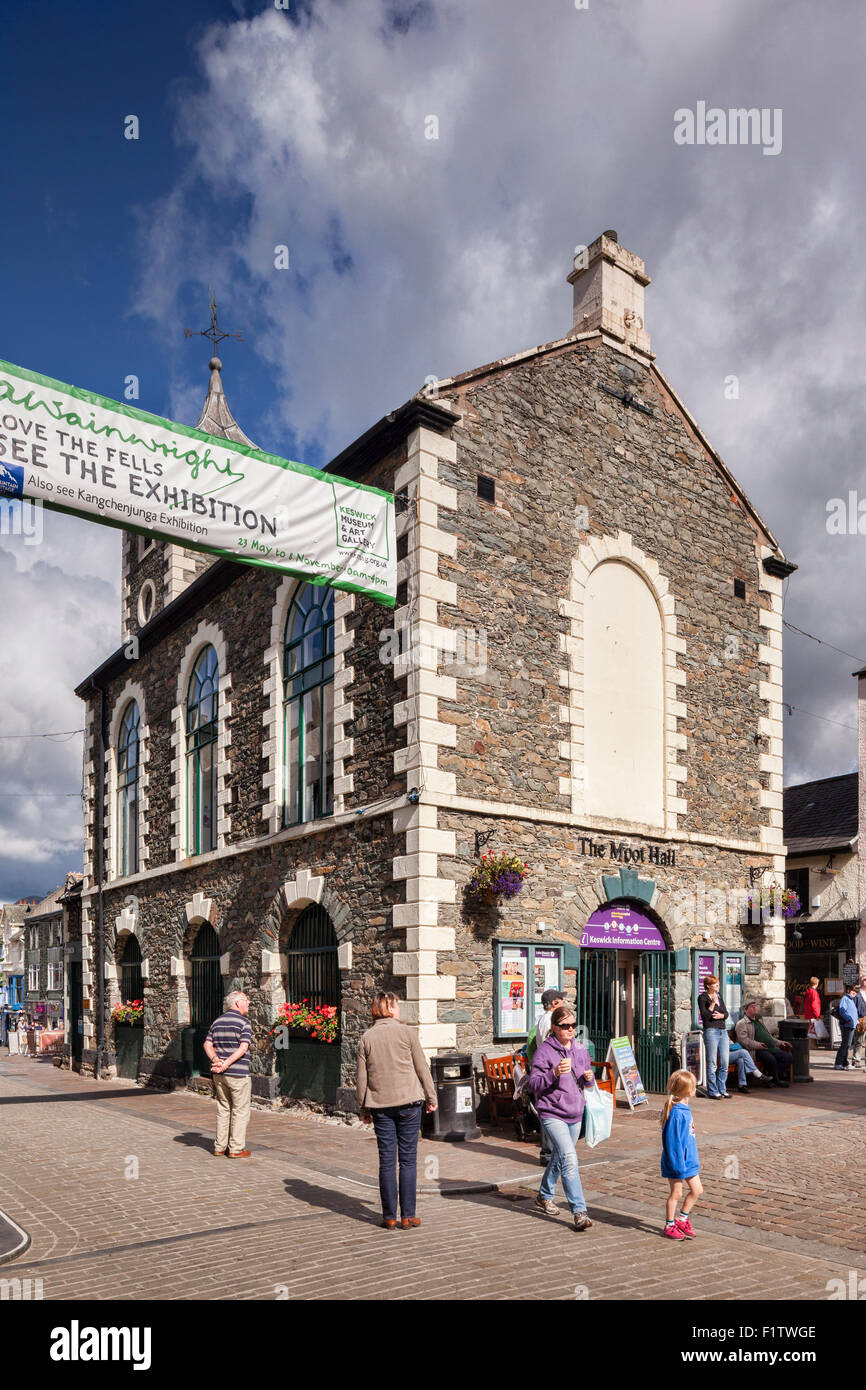 The Moot Hall, housing the Information Centre, in Keswick, Cumbria, UK - Stock Image