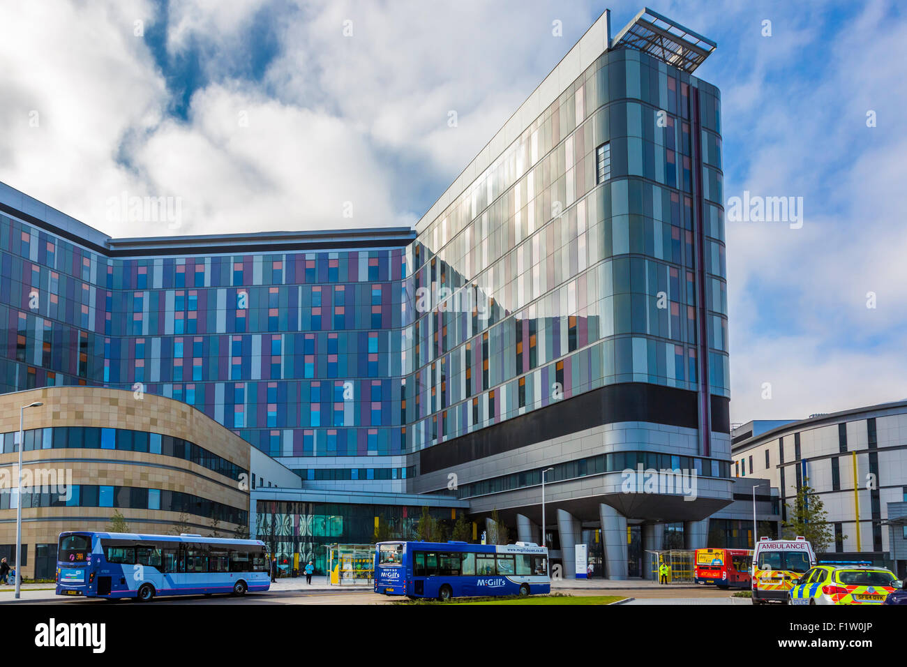 Front entrance to the South Glasgow University Hospital, previously known as the Southern General, Govan, Glasgow, - Stock Image