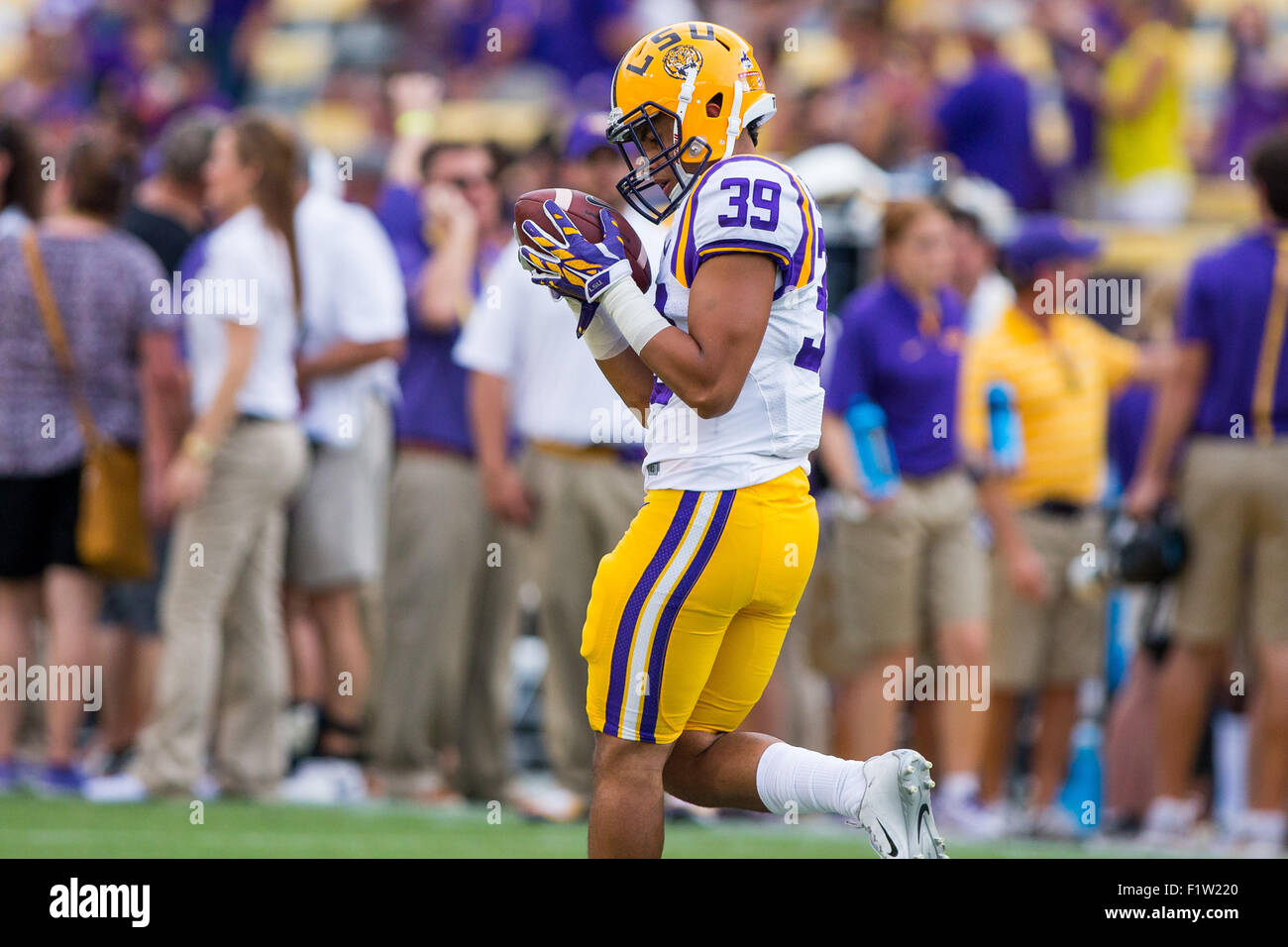 big sale da755 60184 Delay. 5th Sep, 2015. LSU Tigers cornerback Russell Gage (39 ...