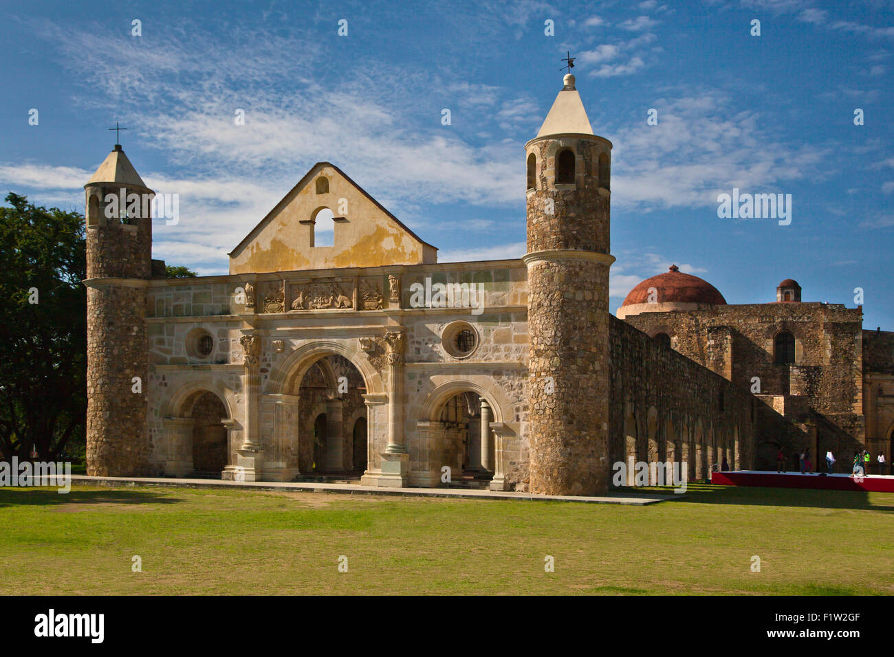 The 16th century CONVENT and BASILICA of CUILAPAN was the former Monastery of Santiago Apostol - CUILAPAN DE GUERRERO, Stock Photo