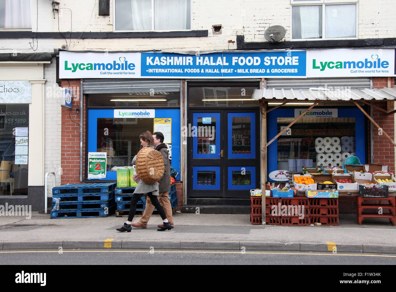 Lycamobile Stock Photos & Lycamobile Stock Images - Alamy