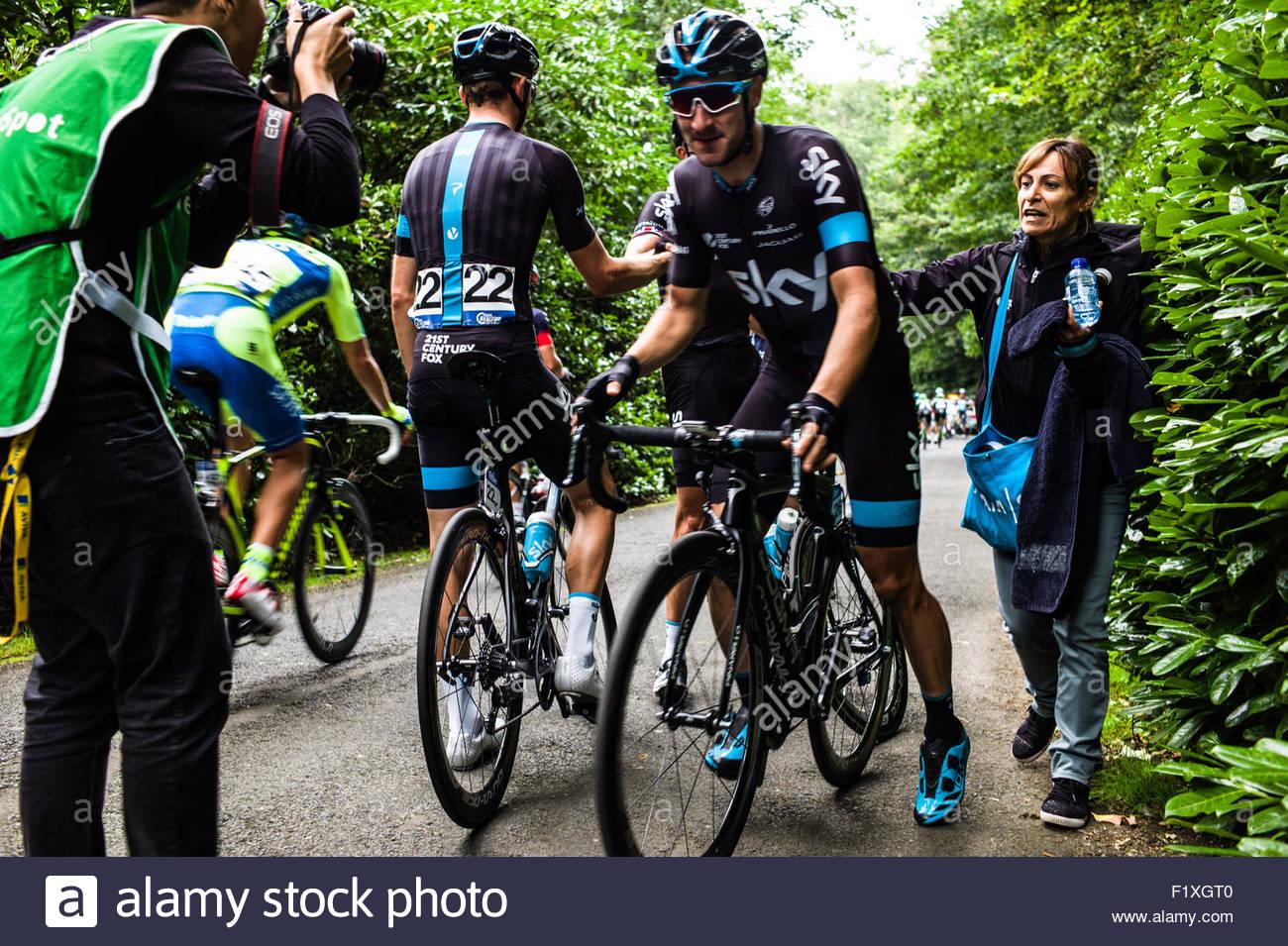 Cycling Photographer Stock Photos   Cycling Photographer Stock ... 747b0fb63