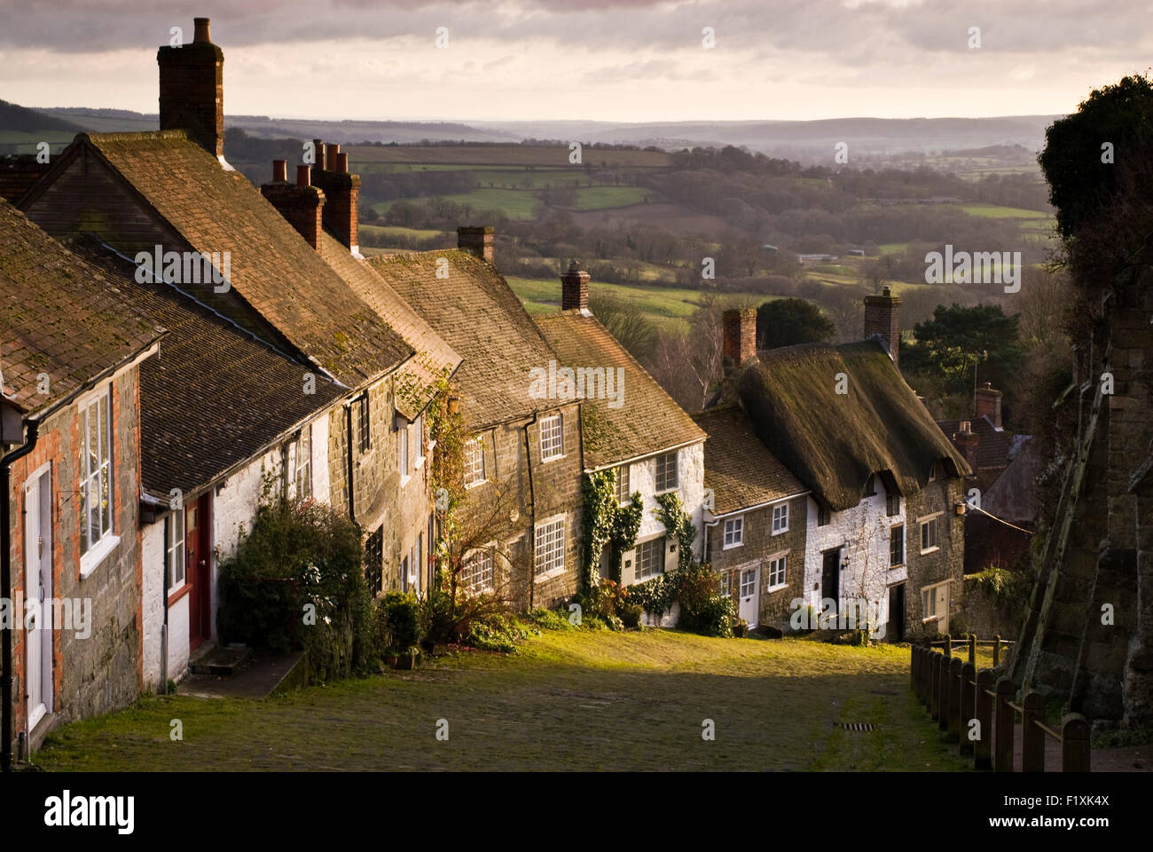 Looking down Gold Hill in the North Dorset town of Shaftesbury, famed for being the setting for a Hovis bread advert. - Stock Image